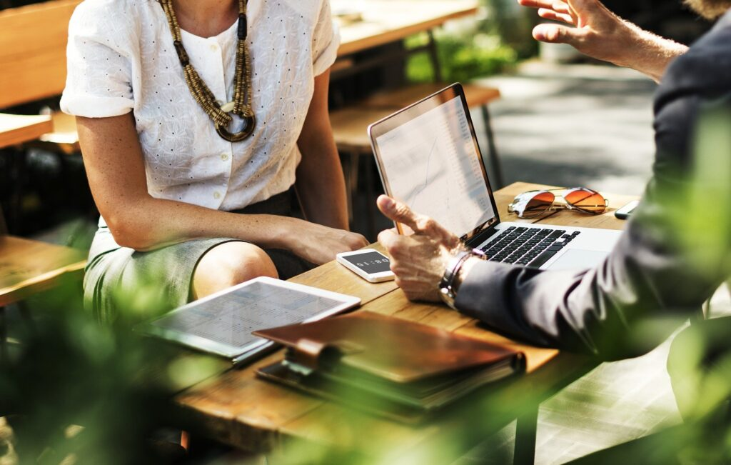Rilevare una società commerciale: cosa devi sapere