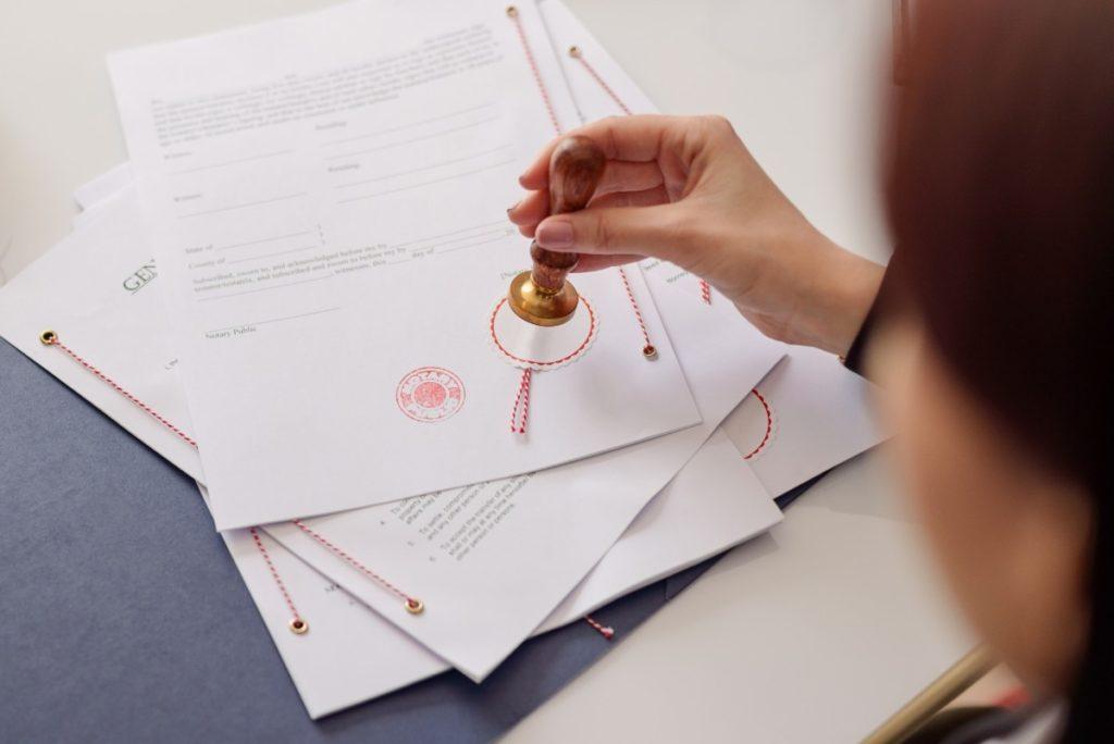 Differenze tra certificato camerale e visura camerale: quali sono